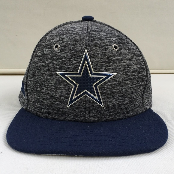 wholesale dealer 91bb7 43191 Dallas Cowboys NFL Official Snapback Hat. M 5cccaeef2eb33fee93b73358. Other  Accessories you may like. USC New Era 9FORTY ...